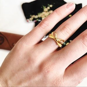 K a t e  S p a d e // Gold Bow Ring